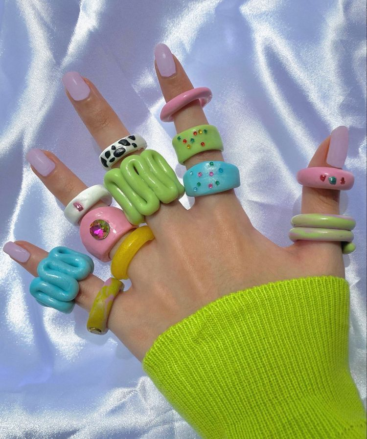 A+Colorful+Twist+to+Your+Fingers