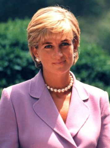 PRINCESS DIANA PRINCESS OF WALES 1996 WASHINGTON DC PHOTO WAS ON THE COVER OF US NEWS MAGAZINE AND WAS THE BEST SELLING ISSUE IN 70 YEARS.