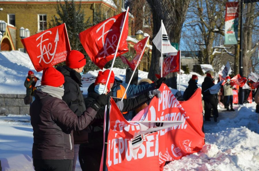 Teachers From Québec Are Visibly Unhappy Of Their Working Conditions
