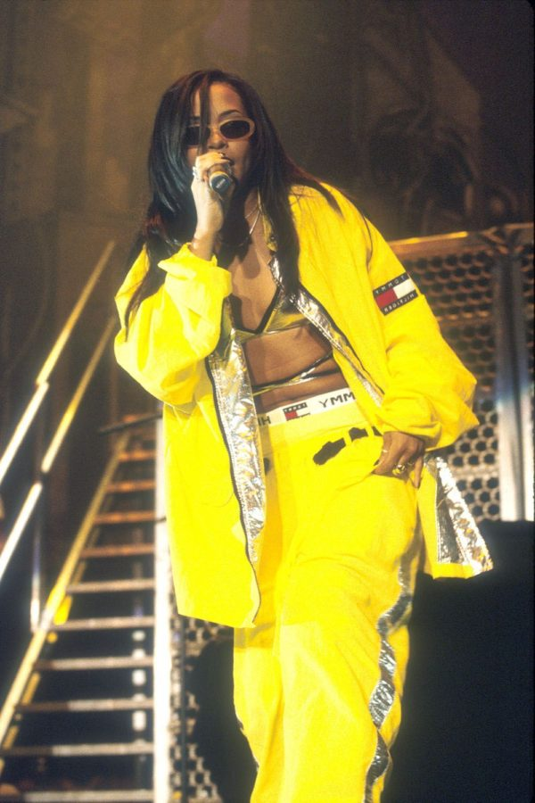 Aaliyahs+90s+Fashion+Is+Back+on+Trend